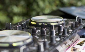 Platines pour DJ de mariage